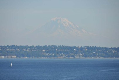 Mount Rainier looked huge above the city!