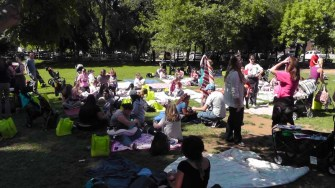 We went to the Big Latch On event in the park. Many such events were happening at the same time all over the country to promote breastfeeding.