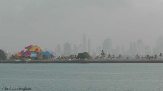 A view of the Amador Causeway as the boat leaves. The colorful building is the Biodiversity Museum by Frank Gehry.