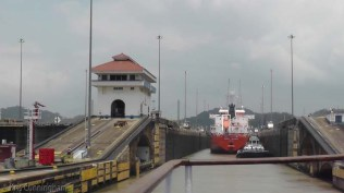Now we make our way into the Pedro Miguel lock.