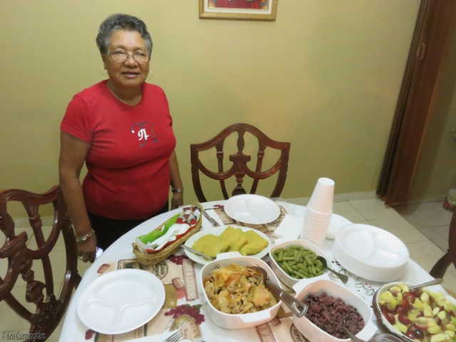 Cedo, la jefe (the one in charge) of her kitchen.