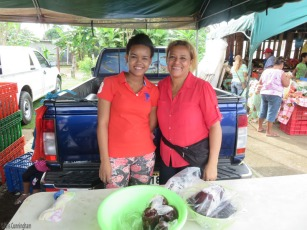 These two ladies sold me a bag of conch which I bought out of curiosity.