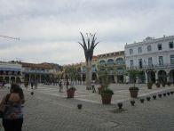We arrive at plaza Vieja
