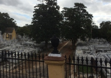 The large Colon Cemetery